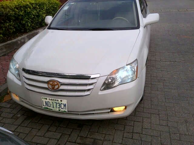 5months used 2009 toyota avalon xls full option for sale 1 9m autos nigeria. Black Bedroom Furniture Sets. Home Design Ideas