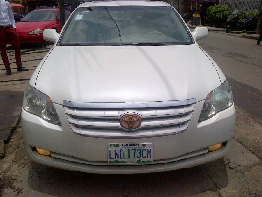 few months used 2009 toyota avalon xls full option for sale autos nigeria. Black Bedroom Furniture Sets. Home Design Ideas