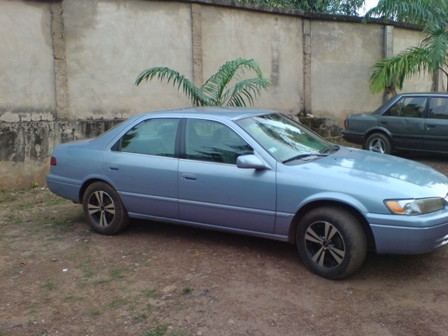 1998 toyota camry for sale used and well maintained in nigeria 850k autos nigeria. Black Bedroom Furniture Sets. Home Design Ideas
