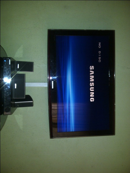 how to clean lcd tv