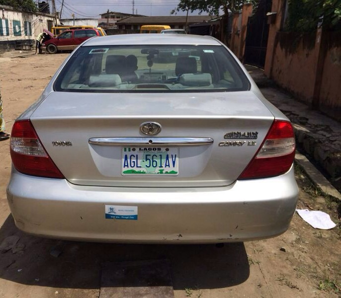 Toyota Camry 03 Clean Used...850k