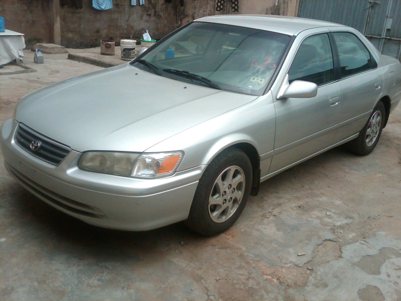 for urgent sale clean toyota camry 2000 model autos nigeria. Black Bedroom Furniture Sets. Home Design Ideas
