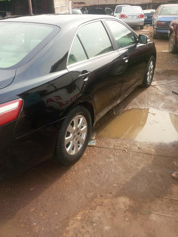neatly used toyota camry 2008 xle 1 450 000 autos nigeria. Black Bedroom Furniture Sets. Home Design Ideas