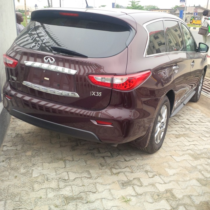 Infiniti JX 35 2012 Model For 10.7m To Negotiate
