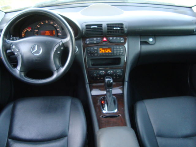 2003 Mercedes Benz C240 Autos Nigeria