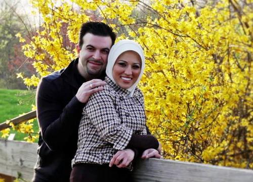 Image of: Kiss About Costumes Choose Your Best Costumes Inpired Cute And Romantic Photos Of Muslim Couples Islam For Muslims Nigeria