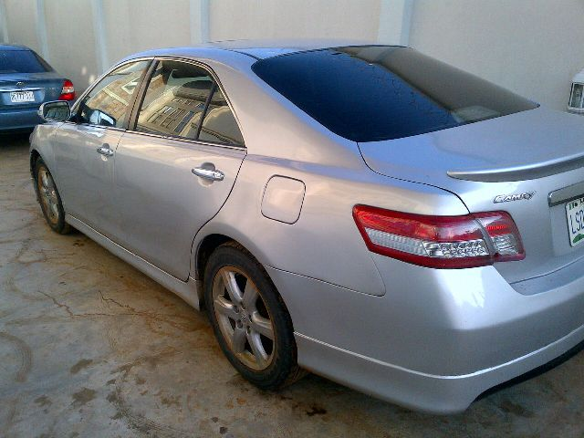 super neat used pimped 2008 toyota camry se with 2010. Black Bedroom Furniture Sets. Home Design Ideas
