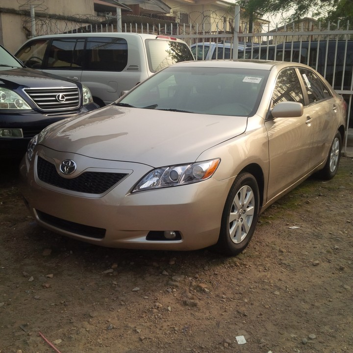 sold gold toyota camry i4 xle muscle 2008 autos nigeria. Black Bedroom Furniture Sets. Home Design Ideas