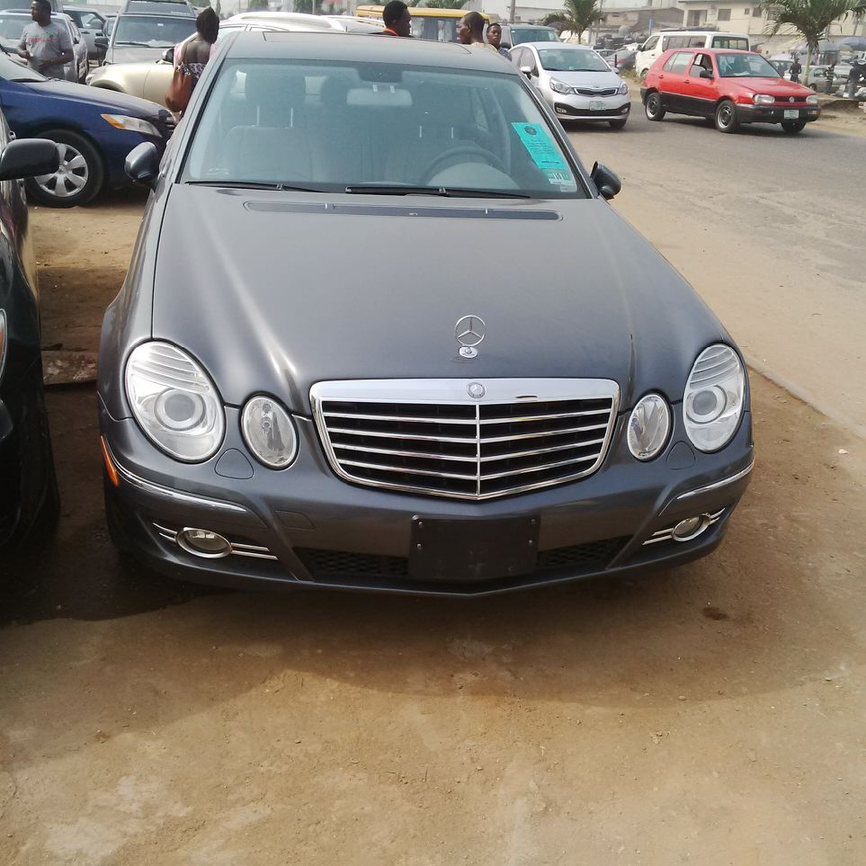 tokunbo mercedes benz e350 4matic 2008 n5 700
