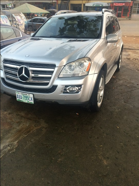 Neatly used mercedes benz gl 550 for sale autos nigeria for Used mercedes benz gl450 for sale