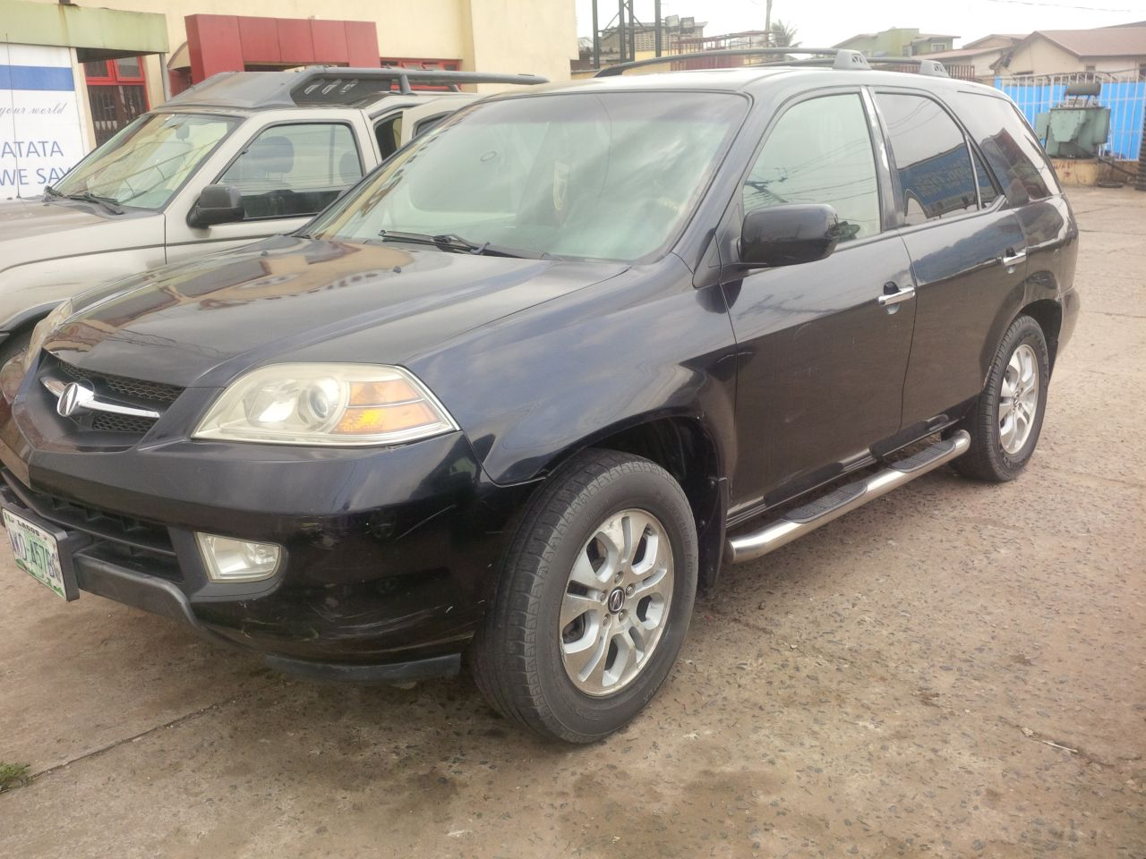 extremely clean used 2003 acura mdx sound engine gear for sale 900k autos nigeria. Black Bedroom Furniture Sets. Home Design Ideas