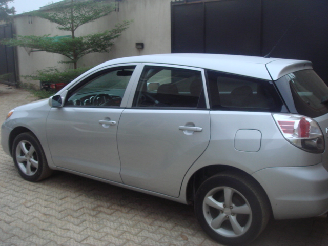 toyota matrix 2007 model for sale 2m autos nigeria. Black Bedroom Furniture Sets. Home Design Ideas