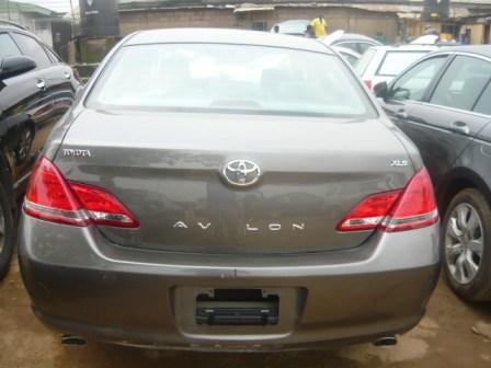 toyota avalon 2005 for sale it 39 s urs at a cool price of autos nigeria. Black Bedroom Furniture Sets. Home Design Ideas