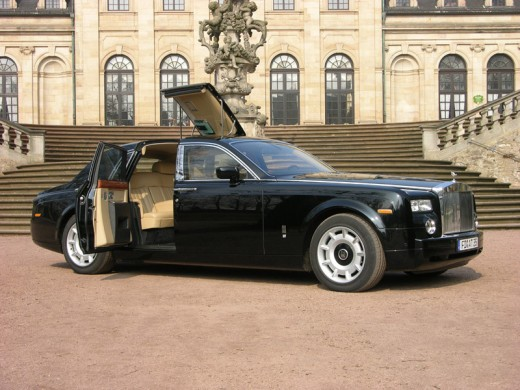 how much would you pay for a rolls royce phantom autos nigeria. Black Bedroom Furniture Sets. Home Design Ideas