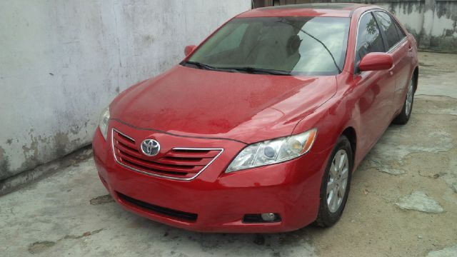 sold 2008 model toyota camry xle with navigation screen. Black Bedroom Furniture Sets. Home Design Ideas