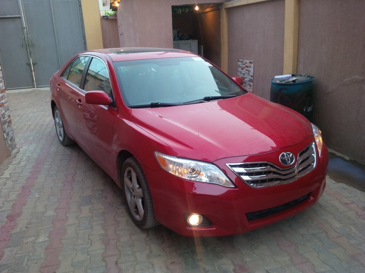 010 camry wit camera navigation formica leather 4 cylinder engine autos nigeria. Black Bedroom Furniture Sets. Home Design Ideas