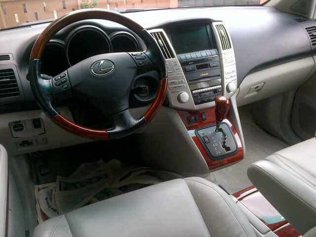 lexus rx 330 04 05 very cheap cotonou clean cars. Black Bedroom Furniture Sets. Home Design Ideas