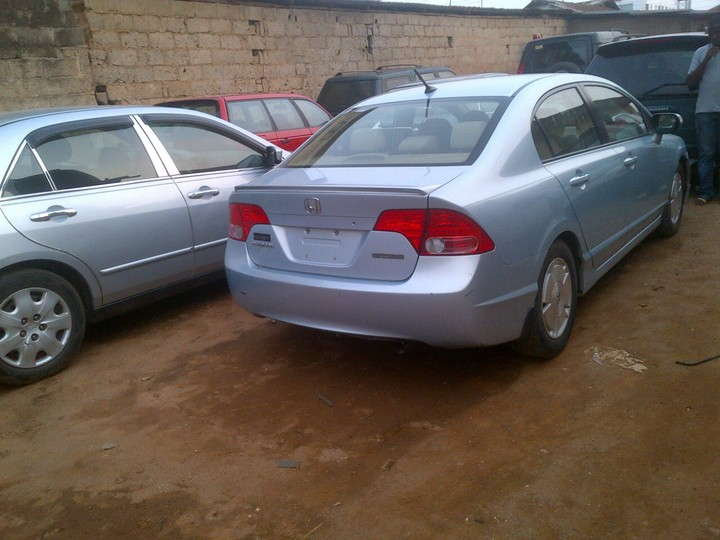Honda civic 06model for sale contact me on 08114436542 for Honda civics for sale near me