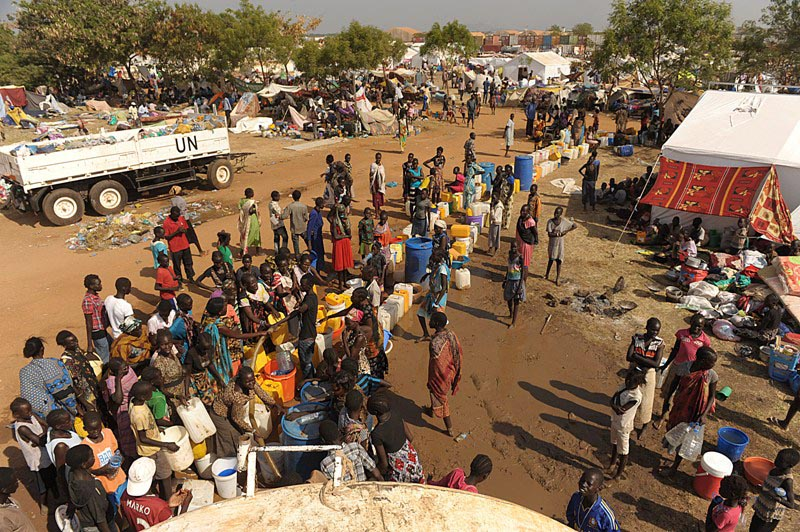 the darfur crisis a violation of human rights in sudan