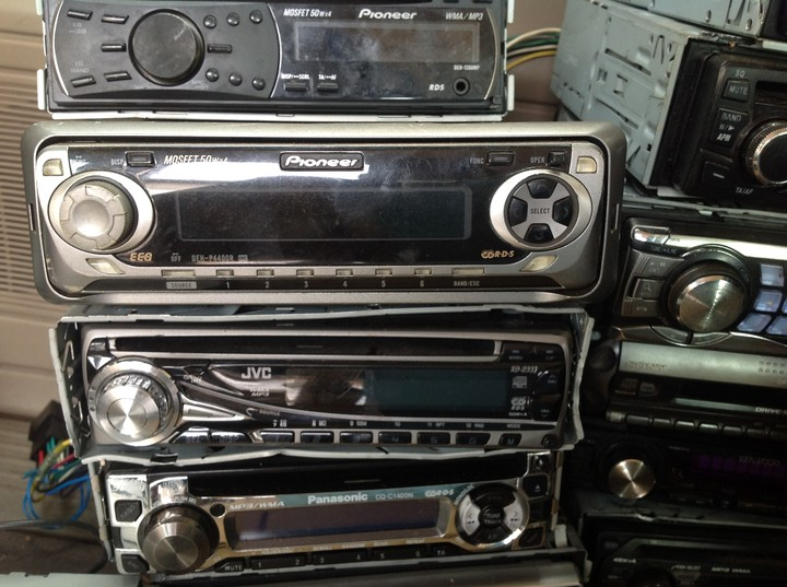 Sold Out Pls 120 Units Of 39 Tested Working Car Stereo Cd