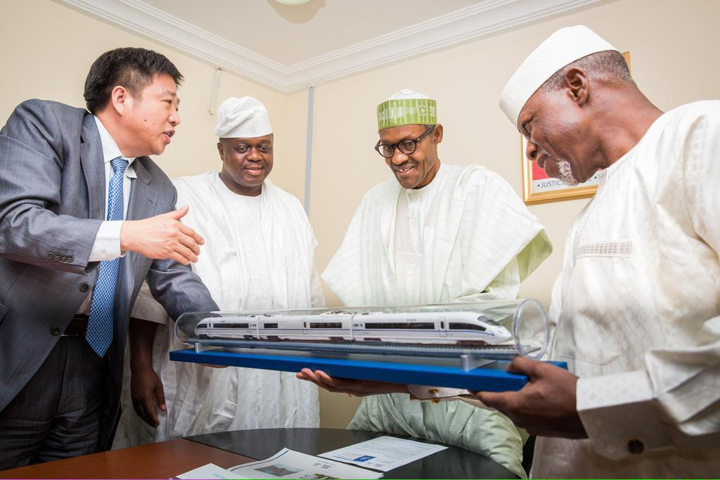 Photo: Buhari Inspecting The Train Model For New Nigeria