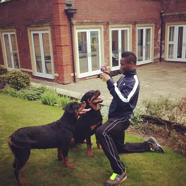 Who Owns Range Rover >> Mikel Obi's House In London And His Cars (photos) - Sports ...