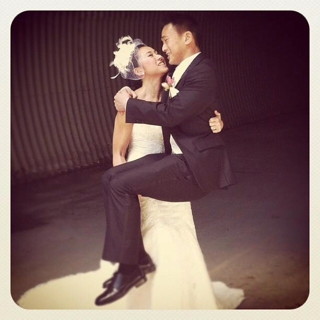 Grooms Are Upping Their Games Bride Cries As The Groom: See Bride Carrying The Groom