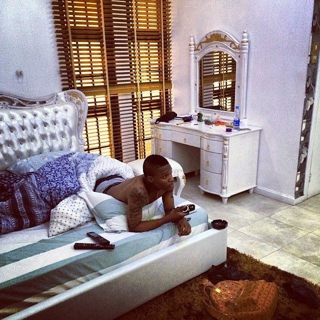 New Home Designs Latest Luxury Homes Interior Decoration: Photos: Wizkid Vs Davido Vs Olamide's House And Interior