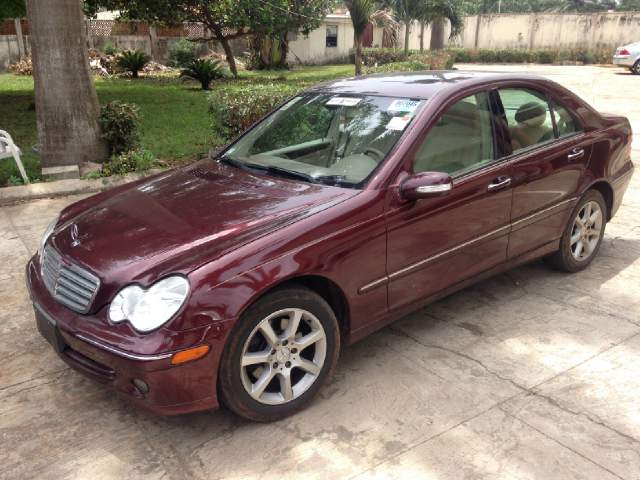 Foreign Used Tokunbo Mercedes Benz C280 4matic Year 2007