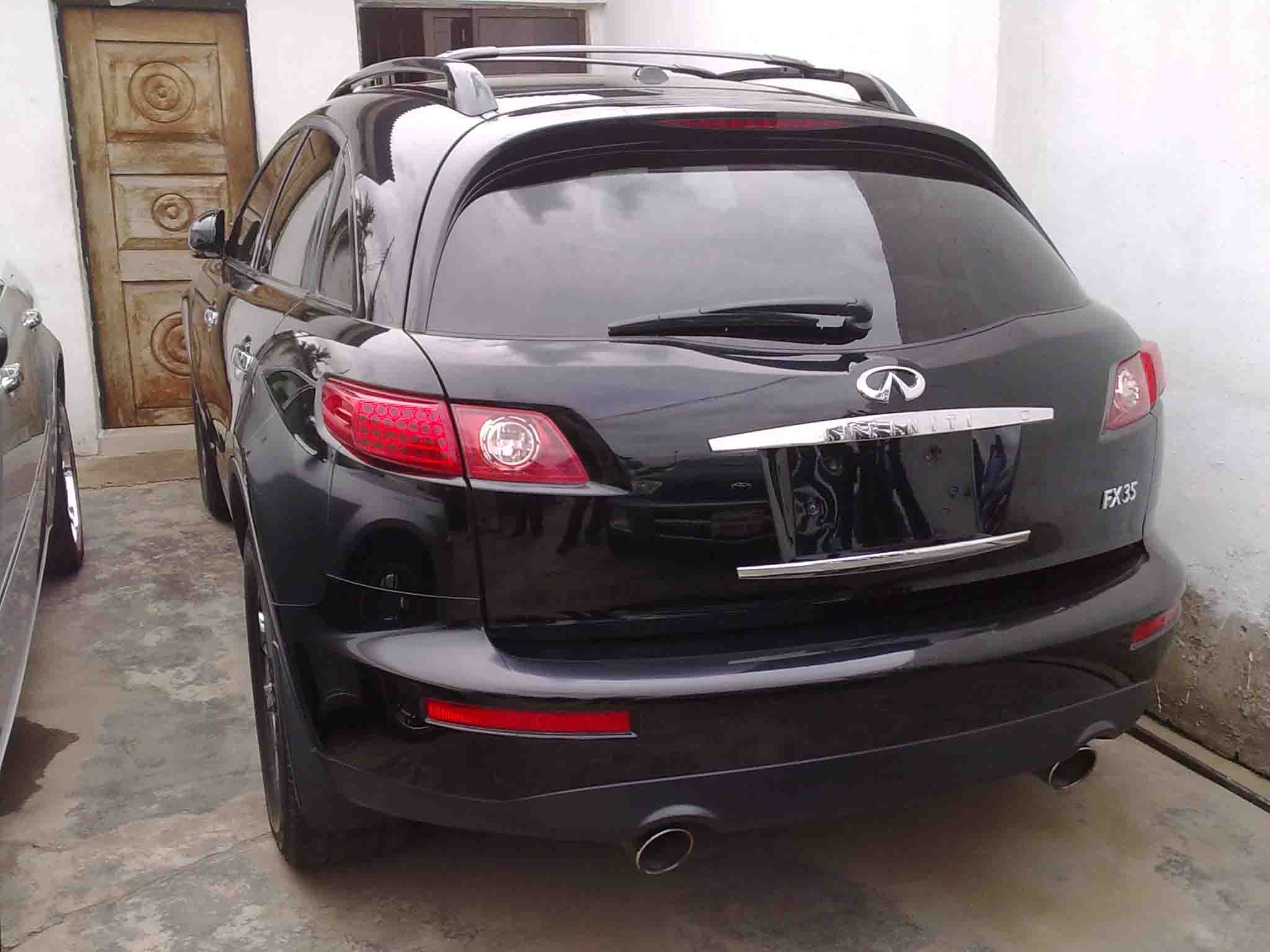 2006 infiniti fx35 super clean autos nigeria adaptive cruise control automatic onoff headlights bluetooth cellular phone dvd entertainment system hands free multi function remote wkeyless ignition vanachro Gallery