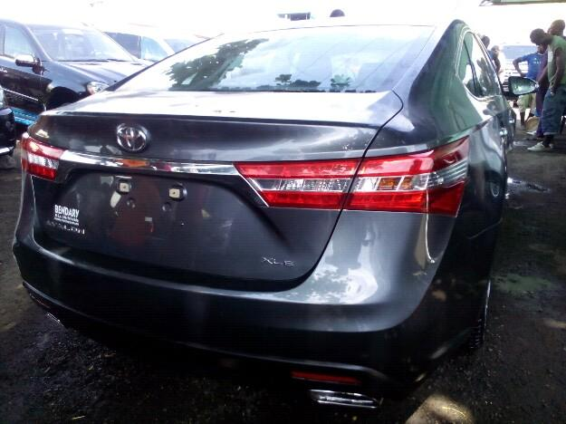 super clean toyota avalon 2014 for sale the rate of. Black Bedroom Furniture Sets. Home Design Ideas