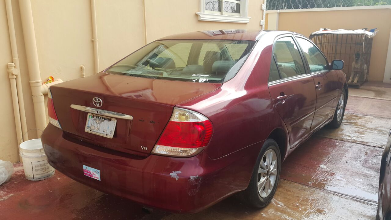 sold sold reg toyota camry 2006, (big daddy) fabric, ac, alloy