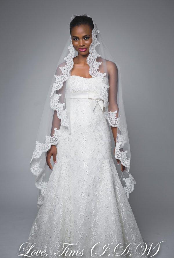 How much did you spend on your wedding romance 3 for How much to spend on wedding dress