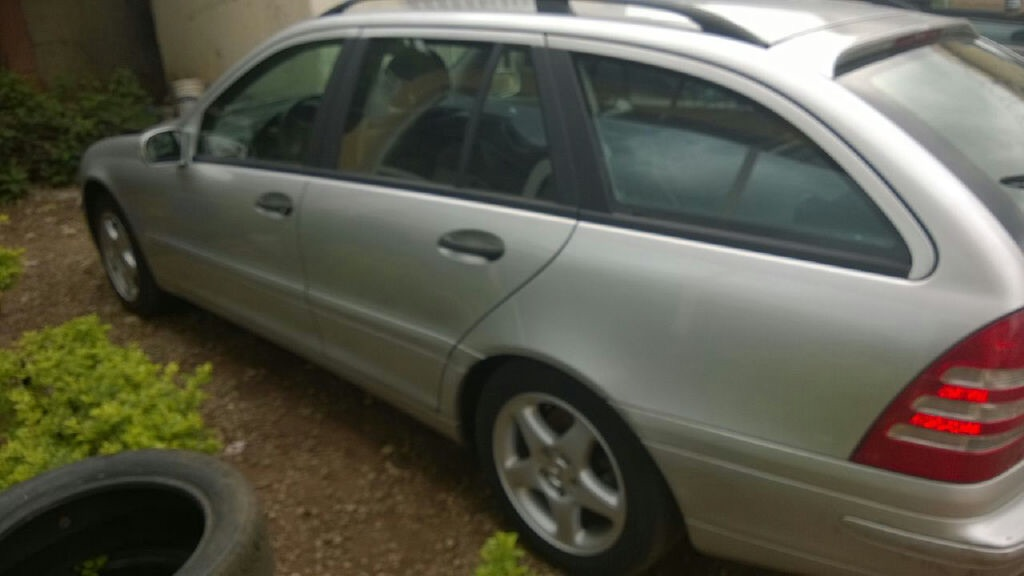 Abuja price reduced toks 2004 mercedes benz c240 station for Mercedes benz c240 price