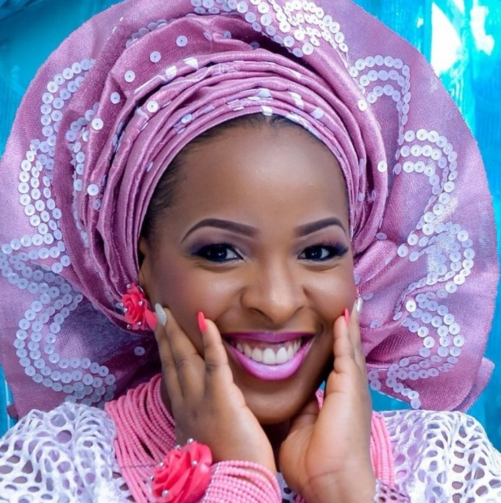 Image result for Gele in wedding pic
