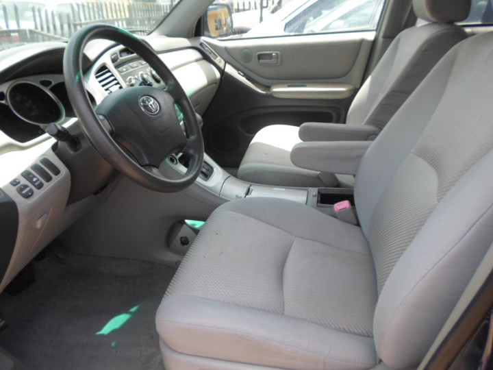 toks 2007 toyota highlander with fabric interior for sale autos nigeria. Black Bedroom Furniture Sets. Home Design Ideas