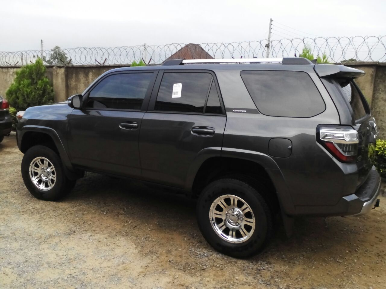 very sharp n sweet 2014 4runner trail edition for sale in abuja autos nigeria. Black Bedroom Furniture Sets. Home Design Ideas