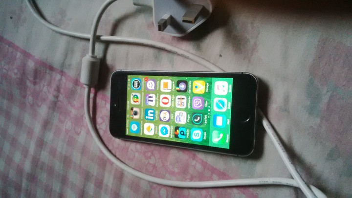iphone 5s for sale cheap clean iphone 5s for at a cheap price 1782