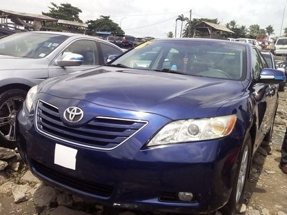 2008 toyota camry blue price 2 600 000 contart 08135417109. Black Bedroom Furniture Sets. Home Design Ideas