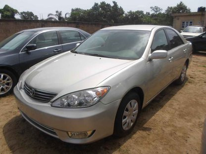 toyota camry 2006 silver price 1 200 000 contart 08135417109 autos nigeria. Black Bedroom Furniture Sets. Home Design Ideas