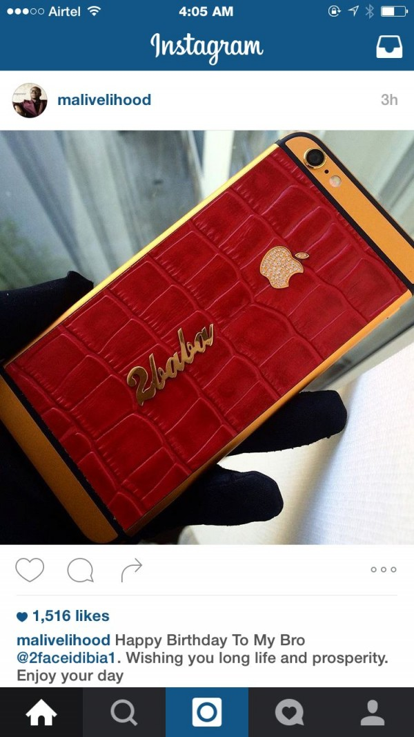 mynaijainfo.com/2face-gets-customized-iphone-6-from-malivelihood-as-gift-for-his-40th-birthday