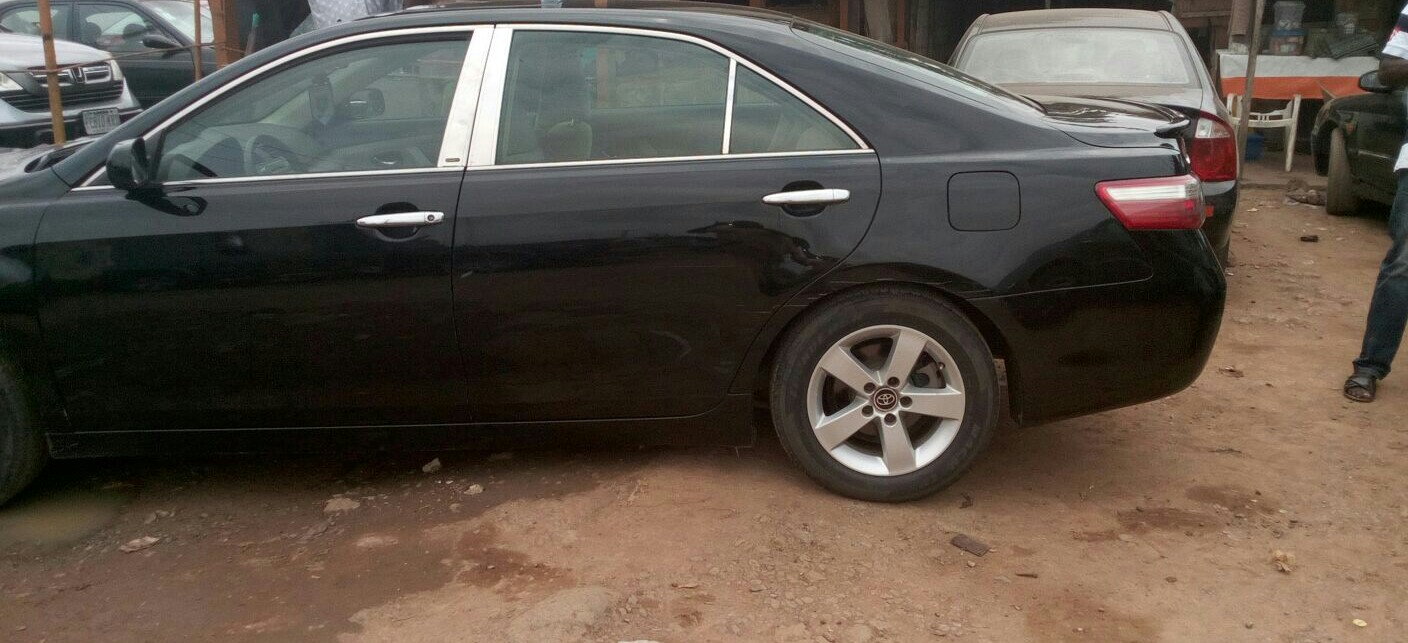 clean registered 2008 toyota camry 1 3 last autos nigeria. Black Bedroom Furniture Sets. Home Design Ideas