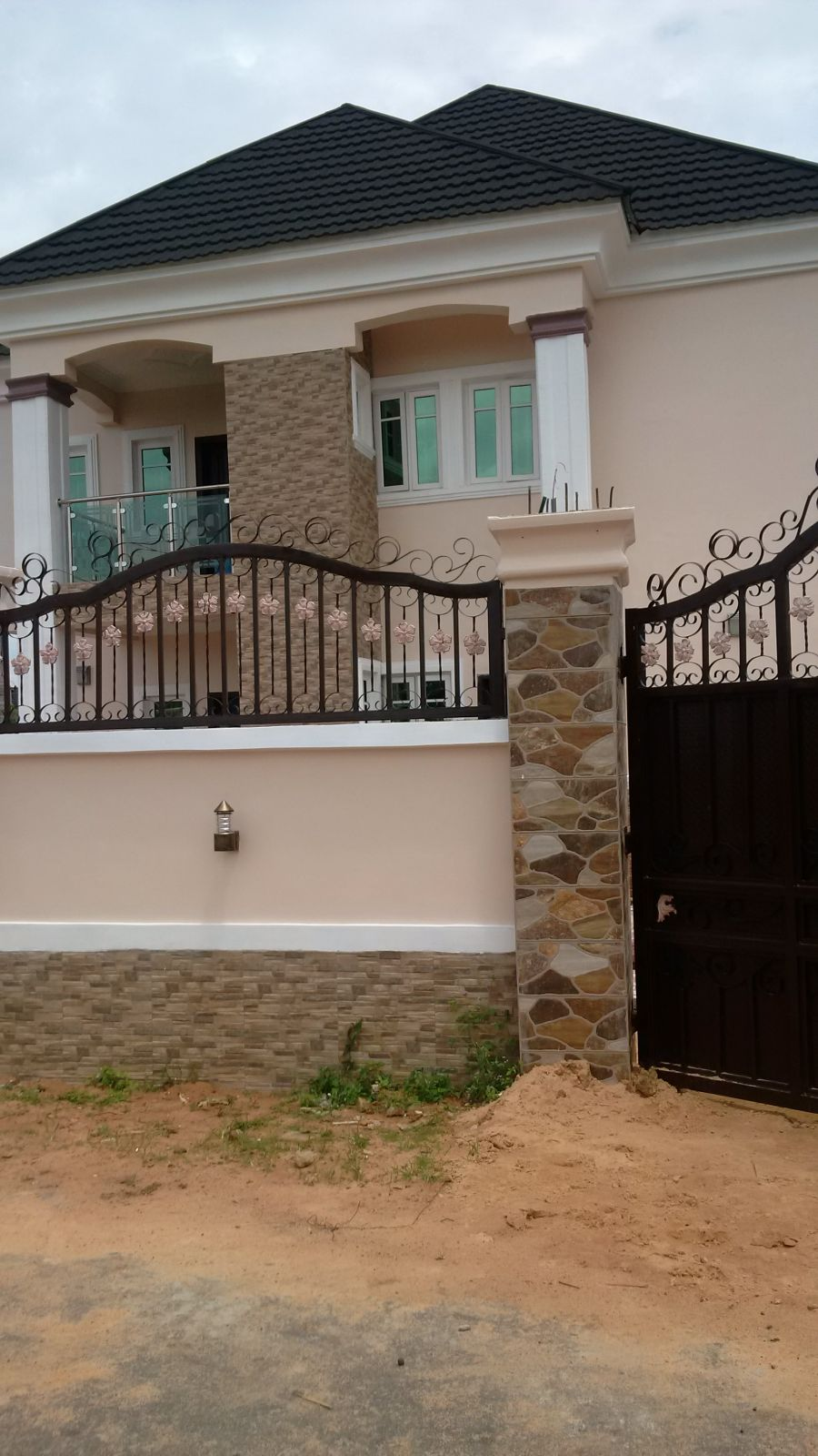 Need quality painting for your building call danny painters properties nigeria