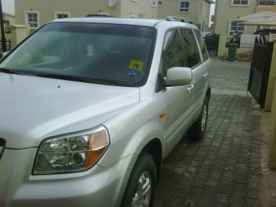 a perfect 2008 honda pilot 26k mileage american specs. Black Bedroom Furniture Sets. Home Design Ideas