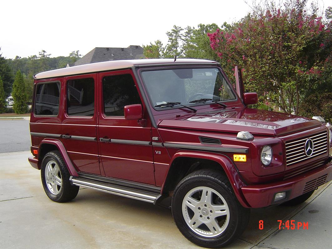 Mercedes benz g500 sport utility vehicle rare colour for Mercedes benz utility vehicle
