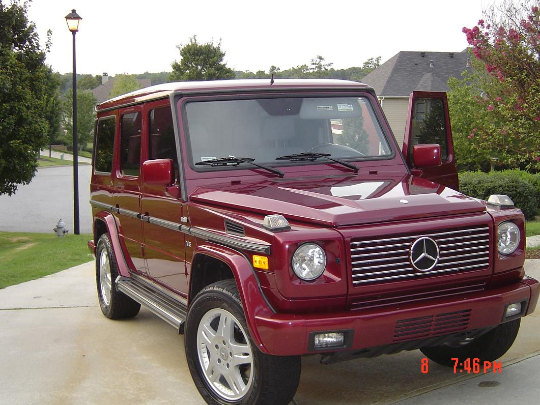 Mercedes benz g500 sport utility vehicle rare colour for Mercedes benz sport utility vehicles