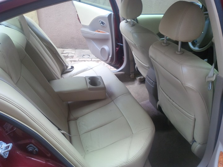 Extremely Clean 2005 Nissan Altima With Leather Interiorfully