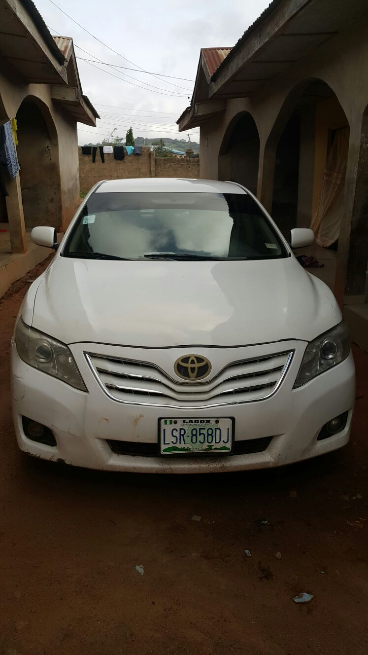 super clean toyota camry 09 price redu 08061311315 08028612026 autos nigeria. Black Bedroom Furniture Sets. Home Design Ideas