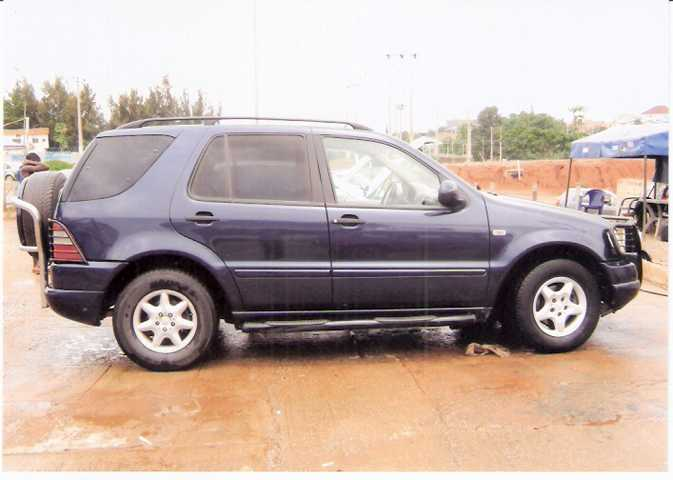 2000 mercedes benz ml 320 jeep for sale with vin for Mercedes benz that looks like a jeep