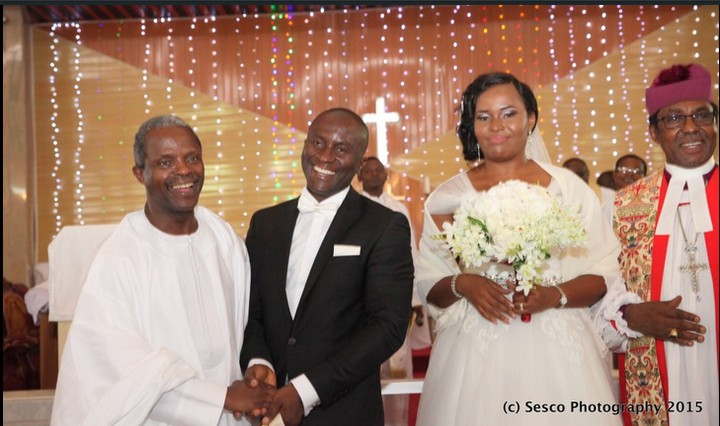 mynaijainfo.com/vp-osinbajo-spotted-in-enugu-at-sons-wedding-photos